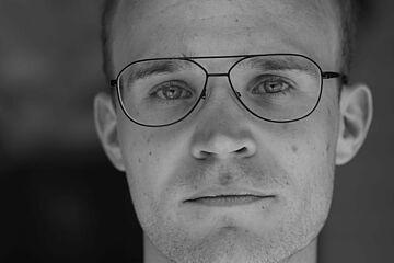 Profilbild_Max_Schaetzl.JPG