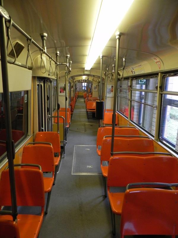 historische tram swa. Black Bedroom Furniture Sets. Home Design Ideas